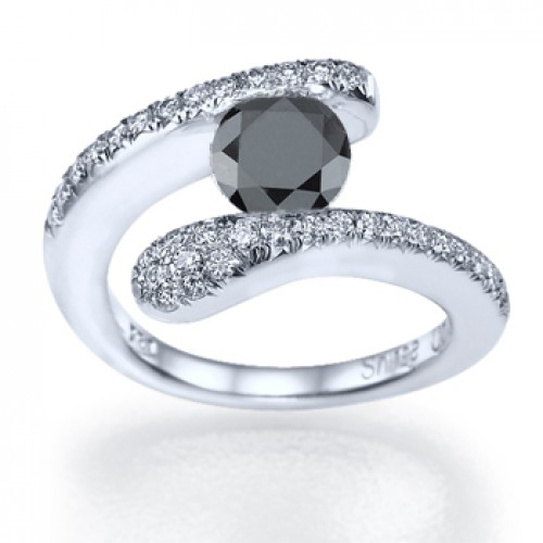 Different Styles And Options For White Gold Diamond Rings Black