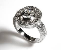 buying custom engagement rings