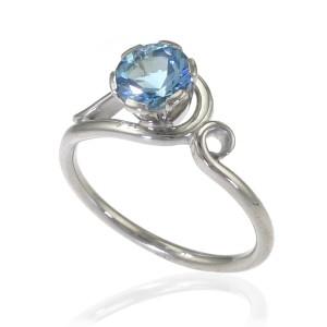 elegant aquamarine white gold ring