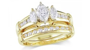exquisite gold engagement rings